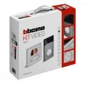 Kit videoportero color 1 linea 2 hilos Classe 100V12E + LINEA 3000 Bticino 363411